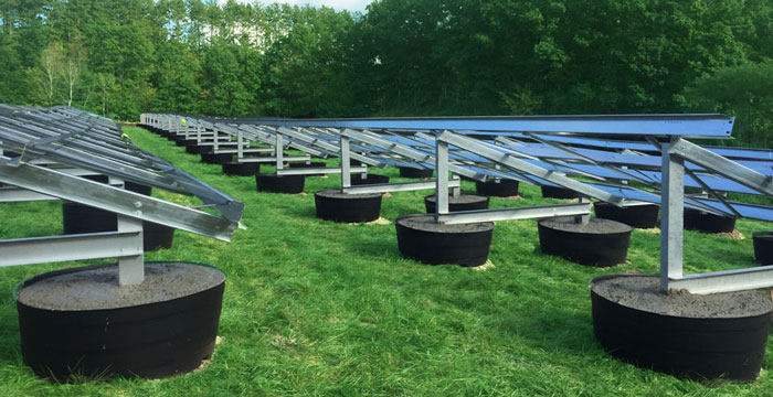 ballasted-solar-farm